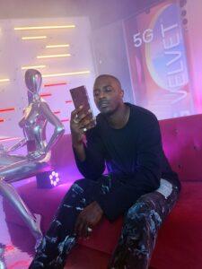 When Phone Meets Fashion - LG VELVET5G