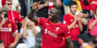 Liverpool Tops League With 3-0 Win over Palace, Mancity Held to Goalless
